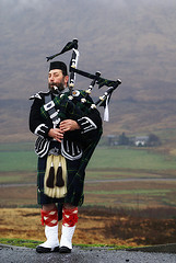 Scottish Piper by SteveWagner via Flickr/Creative Commons